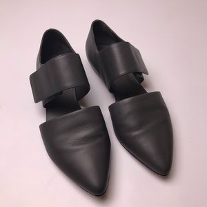 Vince leather flats 7.5